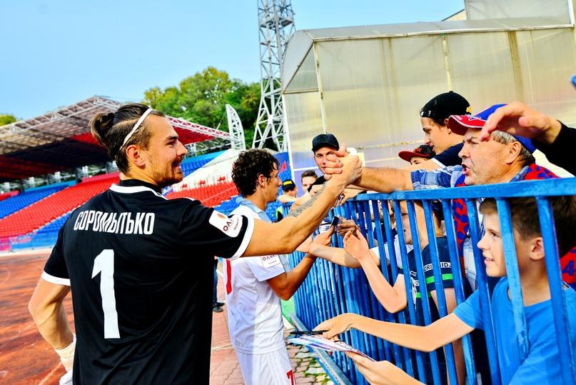 «Станешь первым вратарем, будет еще лучше» — интервью Владислава Соромытько, изображение №3
